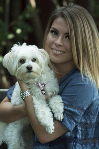 Dog; JoyJoy @sibdog_dot_com; Model: Sabrina Caputi; Photography credit : Natalie Caputi (CNW Group/Sibdog)