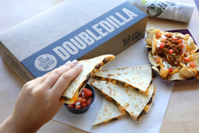 Taco Bell Canada launches new Steak Doubledilla (CNW Group/Taco Bell)