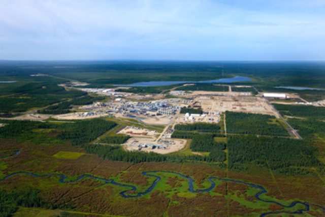 Cenovus Energy's Foster Creek oil sands operation in northern Alberta which uses a specialized production technique called steam-assisted gravity drainage (SAGD). (CNW Group/Cenovus Energy Inc.)