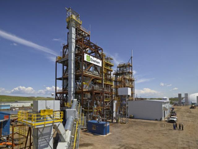 L'usine d'Enerkem à Edmonton devient la première usine certifiée ISCC au monde à convertir des déchets matières résiduelles en biométhanol (Groupe CNW/ENERKEM INC.)
