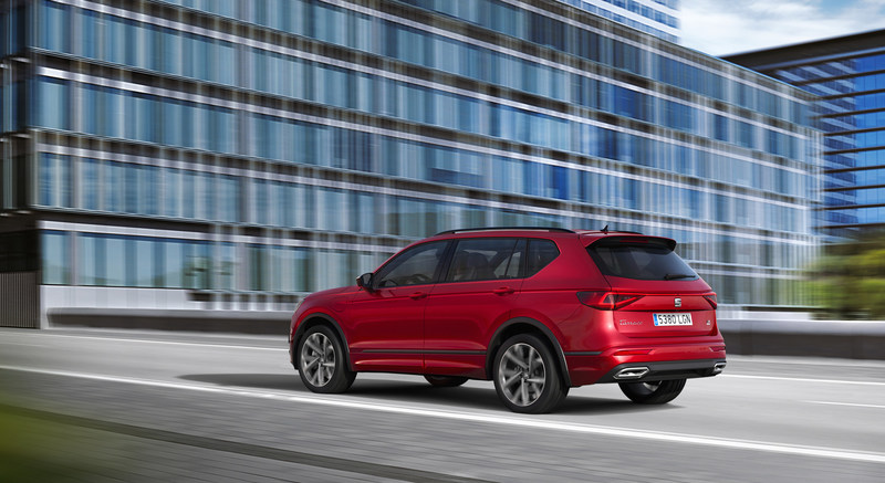SEAT,electrifies,large SUV,large,SUV,Tarraco,e HYBRID,enters,production,HYBRID,3rd,electrified,model,brand,range,joining,Leon,available,both,5 door,Sportstourer,next,step,electrification,plan,launched,market,first,quarter,2021