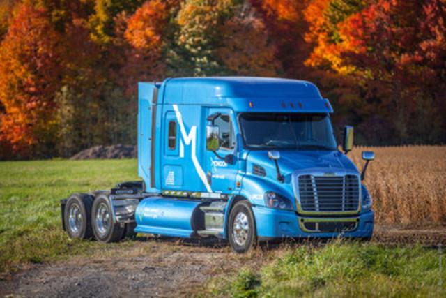 Nouveau camion au gaz naturel comprimé d'Express Mondor (Groupe CNW/Gaz Métro)