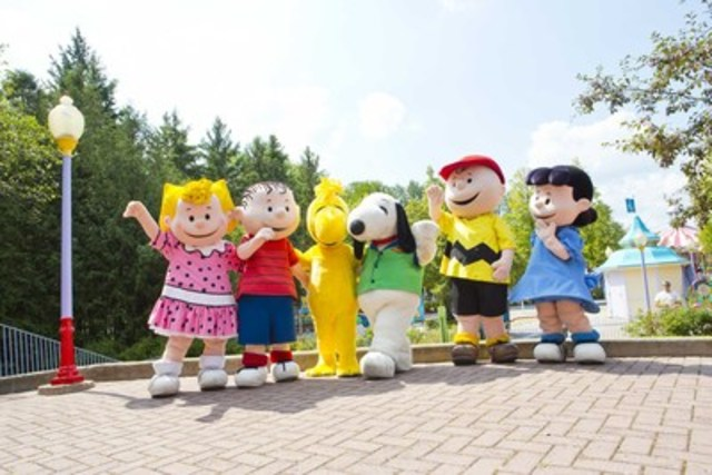 Snoopy and the Peanuts gang. (CNW Group/Canada's Wonderland Company)