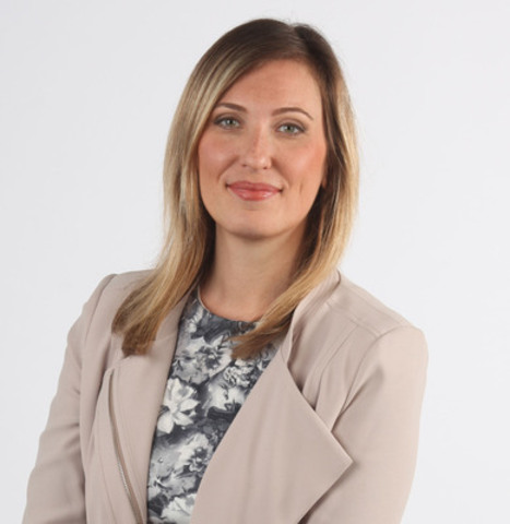 As the winner of The Canadian Journalism Foundation's Greg Clark Award, Laura Stone, a federal politics reporter with Globalnews.ca, will shadow the RCMP's National Division to learn about the nature of police work on sensitive cases. (CNW Group/Canadian Journalism Foundation)