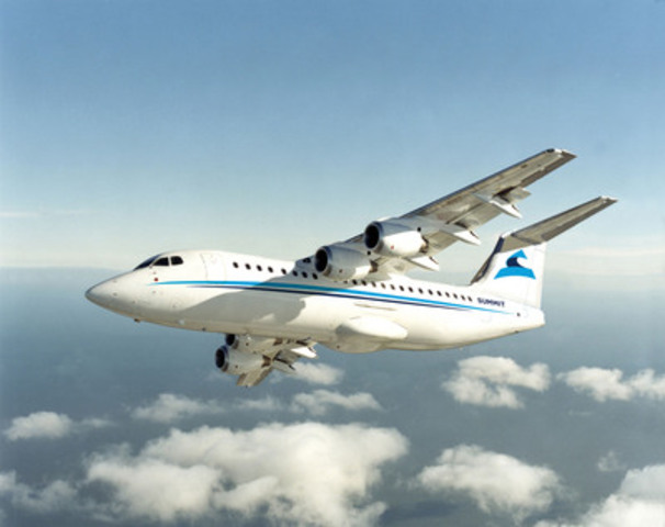 Avro RJ85 in flight (CNW Group/Summit Aviation)