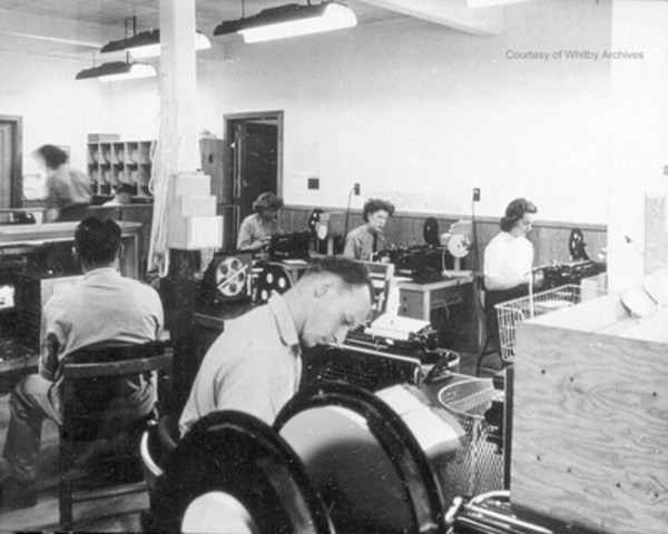 Photo credit: Whitby Archives, Workers at Camp X (CNW Group/Parks Canada)