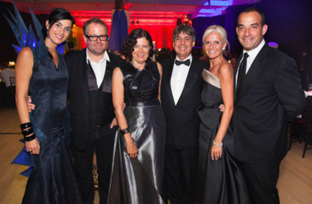 Left to right: Debbie Zakaib, Ball Organizing Committee Chair; Alexandre Taillefer, Chair of the MAC Board of Trustees; Paulette Gagnon, Musée Director; François Côté, Ball Honorary Co-Chair; Isabelle Hudon, Ball Honorary Co-Chair; and François Dufresne, MAC Foundation President. (CNW Group/Musée d'art contemporain de Montréal)