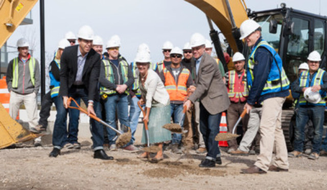 Anthem Properties breaks ground on the next phase of Waterfront in Calgary. Over the lifetime of construction, Waterfront will have created as many as 5,000 jobs. Pictured left to right: VP Development Anthem Properties Paul Faibish, Calgary City Councillor Druh Farrell, CEO Anthem Properties Eric Carlson, and Anthem Construction Kevin Beck. (CNW Group/Anthem Properties Group)