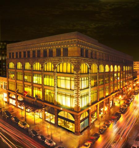 Photo de l'immeuble Ogilvy (Groupe CNW/Holt Renfrew)