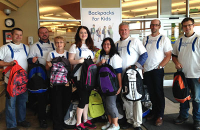 Bell Aliant employees and friends, St. John's, Newfoundland and Labrador. (CNW Group/Bell Aliant Inc.)