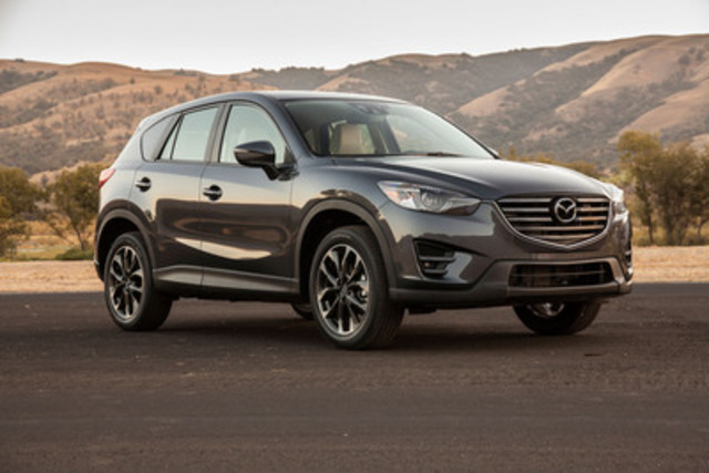2016 Mazda CX-5 (CNW Group/Mazda Canada Inc.)