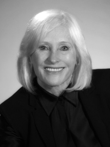 Gail O'Brien, Canadian Co-Chair of CCAR, is actively involved in arts and health organizations across Canada. She chairs the National Arts Centre Foundation in Ottawa, is a trustee of Toronto's Hospital for Sick Children, and a chair of the Dean's Advisory Board, University of Calgary, Faculty of Medicine. Her fashion career at Holt Renfrew led to Ms. O'Brien receiving the Women of Distinction Award for Business and Entrepreneurs. (CNW Group/Council for Canadian American Relations)