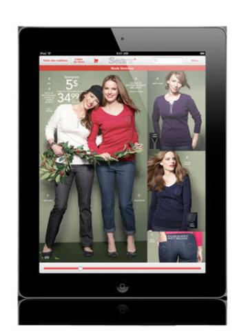 Une page dans la section des vêtements pour femme. (Groupe CNW/Sears Canada Inc.)