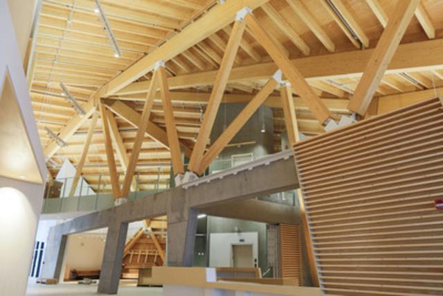Wood Advocate - Photo courtesy of Candice Popik (CNW Group/Wood WORKS! Alberta)