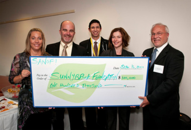 Sanofi-aventis Canada donates $100,000, to help improve care for diabetic inpatients at Sunnybrook Health Sciences Centre. From left to right: Bonnie Rodriguez, Hugh O'Neill, CEO of sanofi-aventis Canada, Dr. Jeremy Gilbert, Physician, Division of Endocrinology, Alice Schmidt and Dr. Barry McLellan, President and CEO of Sunnybrook Health Sciences Centre (CNW Group/Sanofi-Aventis)