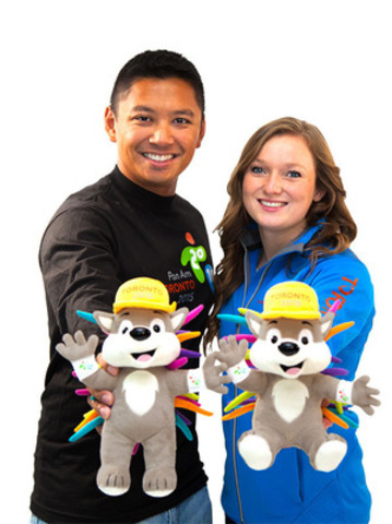 Gearing up for the Games with the PACHI plush and official Games' apparel. Showing off the new merchandise is Crispin Duenas, Olympian and two-time Pan Am silver medallist, archery; and Rosie MacLennan, Olympic, World Championship and Pan Am gold medallist, trampoline. (CNW Group/Toronto 2015 Pan/Parapan American Games)