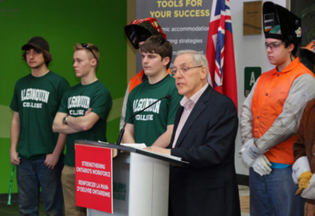 Minister Chiarelli announces apprenticeship funds (CNW Group/Algonquin College)