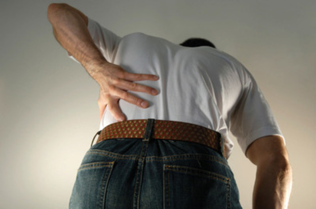 Moving is stressful in itself, especially when you add back pain to the equation! In fact, most injuries seen by chiropractors during the moving period are back-related. To avoid them, protect your back and know how to prevent injuries. Enjoy moving day! (CNW Group/Association des chiropraticiens du Québec)