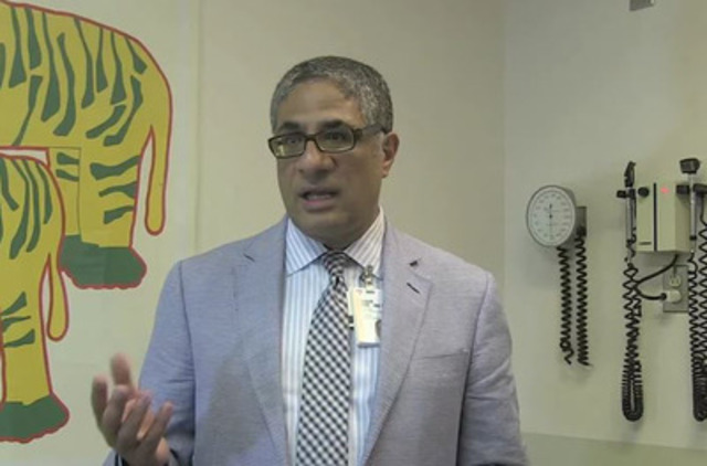Vidéo : Sherif Emil, M.D., CM, directeur, Division de la chirurgie générale pédiatrique, Hôpital de Montréal et co-directeur de la clinique d'anomalies de paroi thoracique à l'Hôpital Shriners pour enfants - Canada.