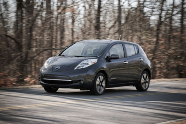Nissan a annoncé que la nouvelle Nissan LEAF 2013 débutera à un prix de détail suggéré par le fabricant (PDSF) de 31 698 $ pour le modèle S nouvellement ajouté, soit le prix le plus bas pour un véhicule électrique pouvant accueillir cinq passagers au Canada. (Groupe CNW/Nissan Canada Inc.)