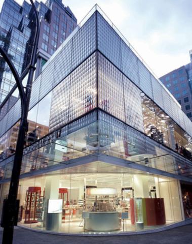 Exterior of Holt Renfrew Vancouver's Flagship store (CNW Group/Holt Renfrew)