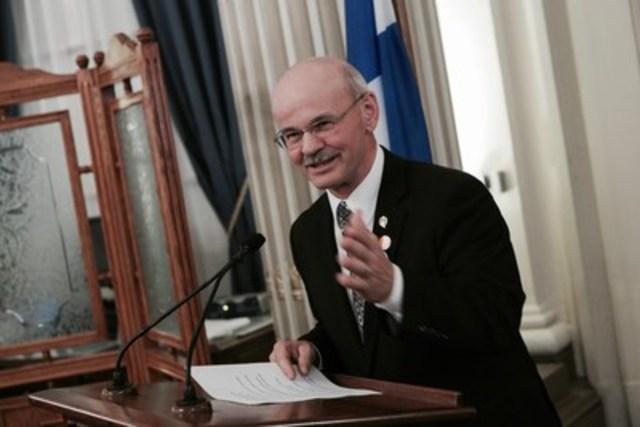 Richard Lehoux, président de la Fédération québécoise des municipalités (Groupe CNW/Fédération québécoise des municipalités)