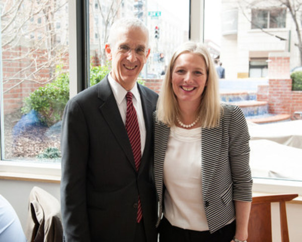 La ministre McKenna rencontre à Washington des chefs de file et des experts des États-Unis en matière d'environnement (Groupe CNW/Environnement et Changement climatique Canada)