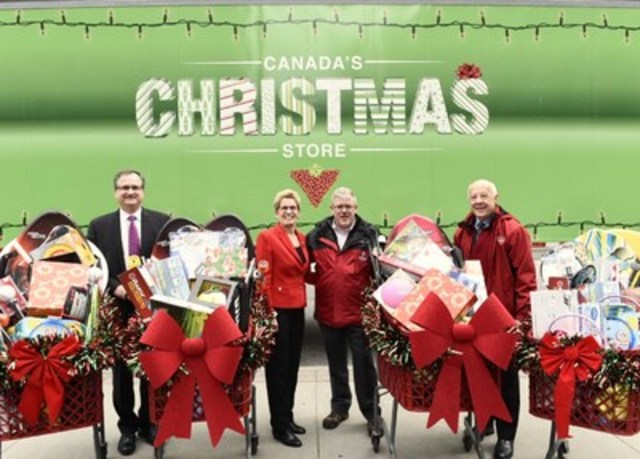 Today, Canadian Tire donated sporting equipment and children's toys to the 20th Annual Toy Mountain Campaign. Steve Orsini, Secretary of the Cabinet, the Honourable Kathleen Wynne, Premier of Ontario, Jumpstart President Landon French and local Canadian Tire Dealer Larry McFadden helped celebrate at Queen's Park in Toronto. (CNW Group/CANADIAN TIRE CORPORATION, LIMITED)