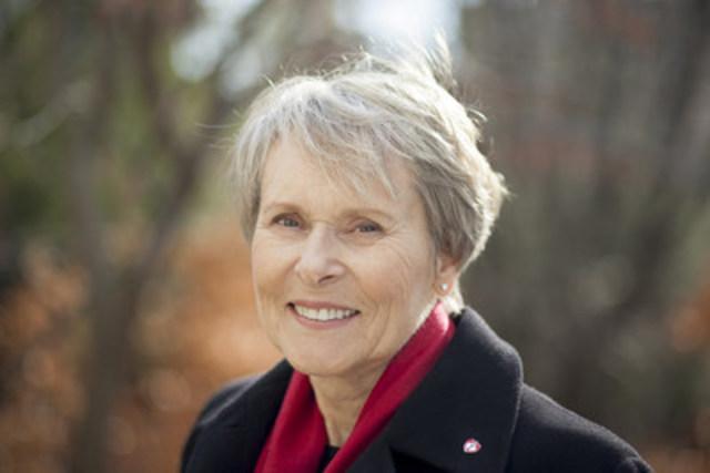 Dre Roberta Bondar, astronaute, neurologue, et présidente d'honneur du Mois du coeur et du Mois de l'AVC pour la Fondation des maladies du cœur et de l'AVC (Groupe CNW/Fondation des maladies du coeur de l'Ontario)