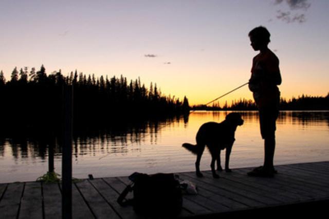Canards Illimités Canada s'allie à des partenaires pour protéger et sauvegarder les habitats des espèces de poissons indigènes d'un océan à l'autre. Ces travaux font rejaillir des avantages sur nos amis les animaux à nageoires et à plumes et sur vous. (Groupe CNW/CANARDS ILLIMITES CANADA)