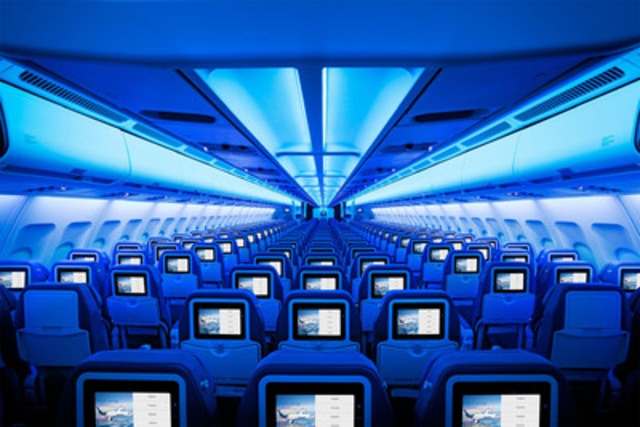 Air Transat mark their 25th anniversary by unveiling an all-new, entirely redesigned cabin interior. (CNW Group/TRANSAT A.T. INC.)