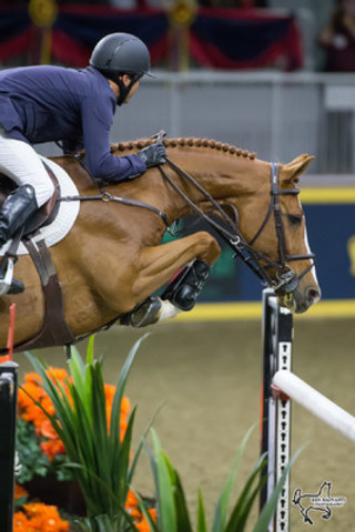 Kent Farrington of the United States and Creedance took second in the $130,270 Longines FEI World Cup™ Jumping Toronto at the the CSI4*-W Royal Horse Show in Toronto, ON. (Photo by Ben Radvanyi Photography) (CNW Group/Royal Agricultural Winter Fair)
