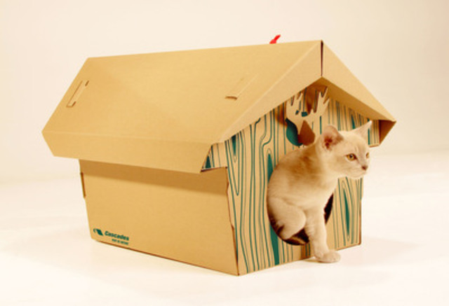 Cascades Boutique Cardboard Cat Chalet (CNW Group/Cascades Tissue Group)