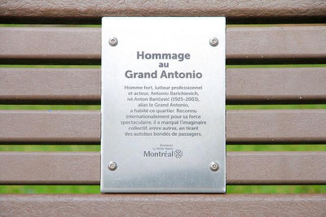 La plaque commémorative. (Groupe CNW/Ville de Montréal - Arrondissement de Rosemont - La Petite-Patrie)