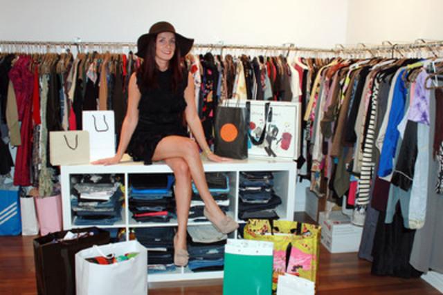 Tina Kastana de Sainte-Rose, au Québec, remporte le tout premier prix Entrepreneur en mode d'eBay. Elle s'est distinguée des milliers de vendeurs de la catégorie mode en comblant les attentes à la fois des acheteurs haut de gamme et des acheteurs de mode rétro, et en offrant des incitatifs comme la livraison gratuite partout dans le monde ainsi que des coupons de fidélisation de la clientèle. (nom d'utilisateur eBay : fashionalacarte_com) (Groupe CNW/eBay Canada)