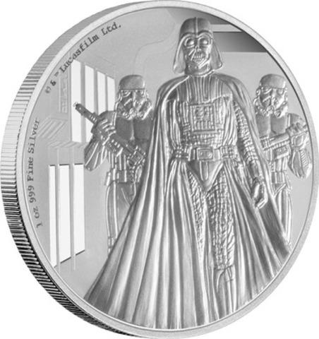 Cette pièce de 1 oz en argent pur représente Darth Vader tel qu'il apparaissait en 1977 dans La guerre des étoiles (désormais exploité sous le titre Star Wars : Un nouvel espoir). (Groupe CNW/Banque Canadienne Impériale de Commerce)