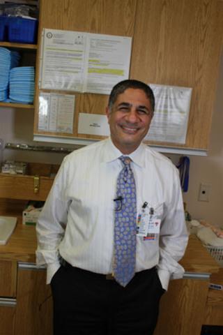 Sherif Emil, M.D., Directeur, division de chirurgie générale pédiatrique, Hôpital de Montréal pour enfants du Centre universitaire de santé McGill (Groupe CNW/HOPITAL SHRINERS POUR ENFANTS (CANADA))