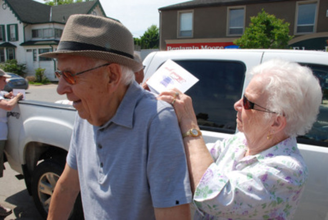 Retirees and youth arrived from as far away as Windsor, Ontario to share their concerns with PC leader Tim Hudak. (CNW Group/National Pensioners and Senior Citizens Federation)