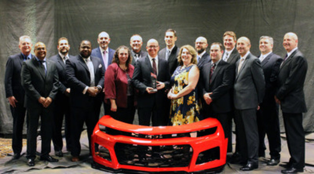Magna won an Innovation Award from the Society of Plastics Engineers for its unique process of laser cutting and welding front and rear fascias for the 2017 Chevrolet Camaro ZL1. Magna received the top award in the Process/Assembly/Enabling Technologies category at SPE's Automotive Division 2016 Innovation Awards Competition & Gala on Nov. 9 in Livonia, Mich. (CNW Group/Magna International Inc.)