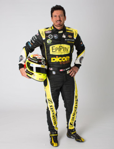 Canadian NASCAR driver Alex Tagliani is heading to The Restaurants Canada Show, March 1 - 3, 2015 in Toronto, to share his personal insights into managing severe food allergies when dining out. (CNW Group/Restaurants Canada)