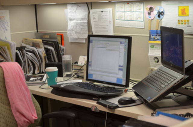 WORKPLACE SLACKERS: according to a Toronto Hydro survey, some tricksters are leaving lights or computers on to fool people into thinking they're in early or staying late. Only three per cent admit to leaving a light on, but 17 per cent say that their co-worker has done it. (CNW Group/Toronto Hydro Corporation)