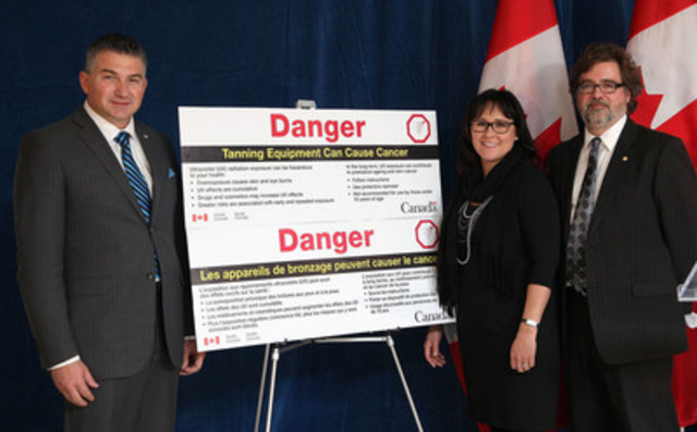 Ottawa, ON., MP James Bezan (L) (Selkirk-Interlake, MB), and the Honourable Leona Aglukkaq, Minister of Health (middle) announced that Health Canada intends to strengthen its health warnings about the dangers of tanning beds, supported by Dan Demers (R) of the Canadian Cancer Society.(CNW Group/Health Canada)