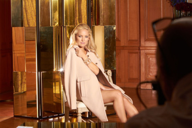Kate Hudson strikes a sultry pose while shooting Ann Taylors Fall 2012 ad campaign at a private estate in Pasadena California (CNW Group/ASC Public Relations Inc.) (CNW Group/Ann Taylor)