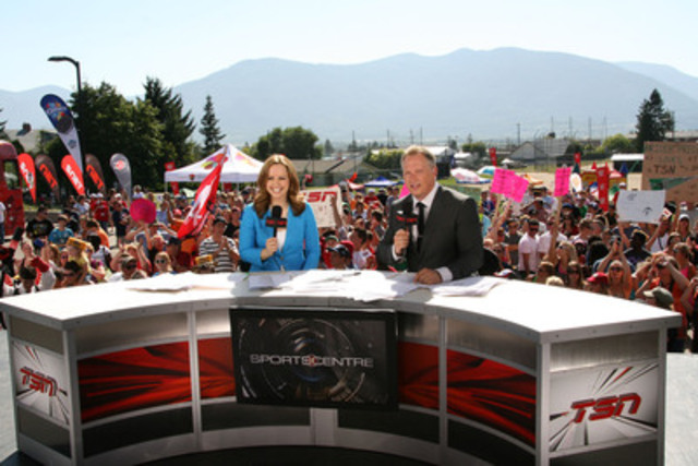 TSN's Kate Beirness and Darren Dutchyshen will once again hit the road to host live editions of SPORTSCENTRE across the country during the Kraft Celebration Tour. (CNW Group/TSN)