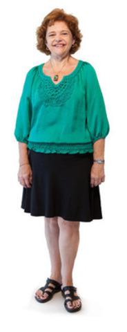 Maureen affirme être en meilleure santé à 53 ans qu'à 30 ans et cela est entièrement attribuable au fait d'avoir participé à un essai clinique d'un médicament novateur qui a changé sa vie et lui a donné de l'espoir. Mariée récemment, elle mène une vie saine et active auprès de son mari, Jim (Groupe CNW/LES COMPAGNIES DE RECHERCHE PHARMACEUTIQUE DU CANADA (RX&D))