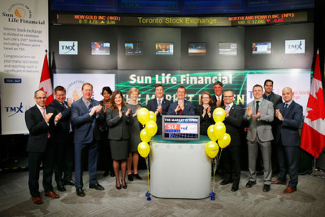 Dean Connor, CEO & President, Sun Life Financial (SLF) joined Kevan Cowan, President, TSX Markets & Group Head of Equities, TMX Group to open the market to celebrate Sun Life Financial's 150th Birthday. Sun Life Financial received its charter in March 1865 and has grown into an international financial services organization providing a range of protection and wealth products and services to individuals and corporate customers. (CNW Group/Toronto Stock Exchange)
