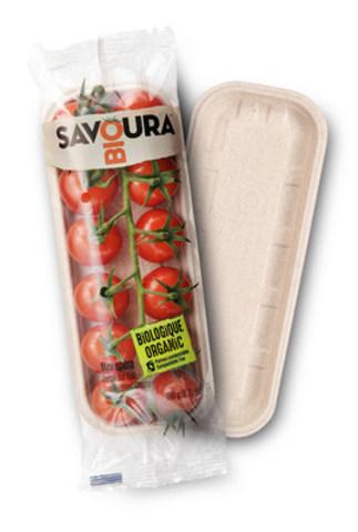 Les nouvelles tomates Savoura bio offertes dans un plateau certifié 100 % compostable et fabriqué au Canada. (Groupe CNW/Agro Québec)