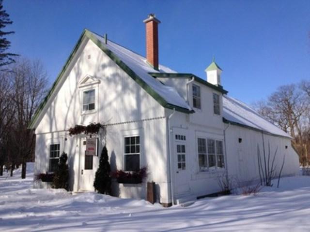 Du 8 avril au 1er mai, la jolie maison du fermier du parc du Bois-de-Coulonge accueille La cabane de L''Affaire est Ketchup. Crédit : CCNQ, Anne-Marie Gauthier (Groupe CNW/Commission de la capitale nationale du Québec (CCNQ))