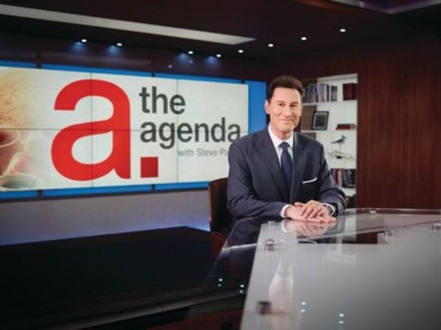 Steve Paikin, host of TVO's The Agenda on set (CNW Group/TVO)