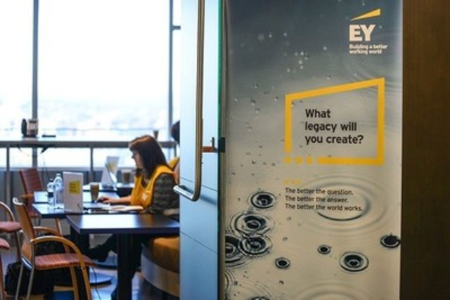 The Hubs are highly collaborative, café-like spaces designed for informal meetings, impromptu collaboration, or simply short breaks. (CNW Group/EY (Ernst & Young))